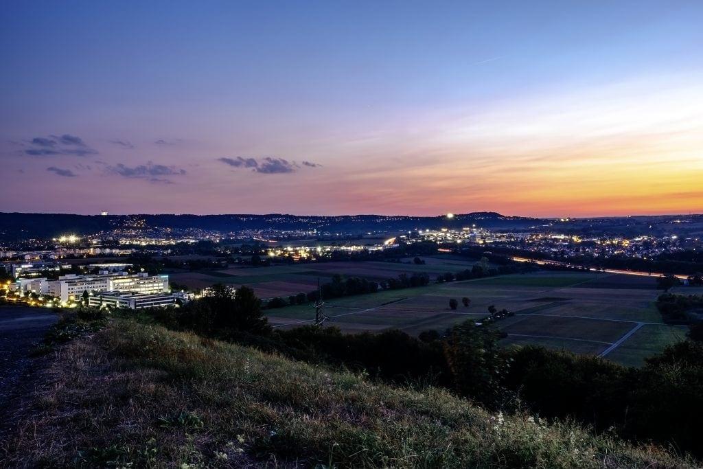 Der Blick vom Grünen Heiner in Stuttgart aus auf Leonberg