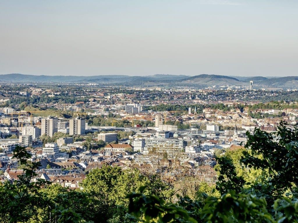 Perfekter Blick über ganz Stuttgart gibts am Wilhelm-Charlotten-Blick